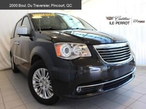 2015 Chrysler Town & Country Limited,DVD Blue-ray, navigation