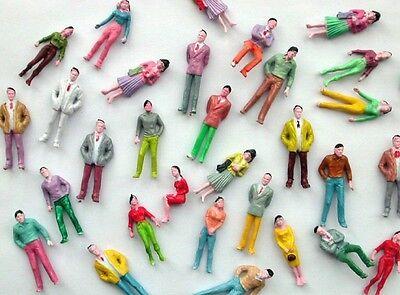 F8 - 50 Stück Figuren stehend + sitzend für Spur 0