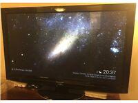 46 inches Panasonic tx-p42gt20b plasma 3D tv+ free view box in black 28kg