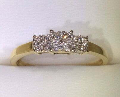 Solid 9K 375 Yellow Gold 0.20ctw Natural Diamond 3 x Cluster Ring Parkwood Canning Area Preview