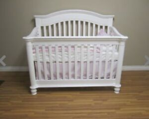 Crib -Tiffany - 3 in 1 Convertible Crib