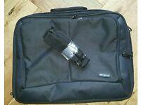 Targus CN31 laptop bag