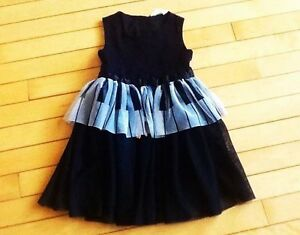 H&M size 4-5 piano keys dress