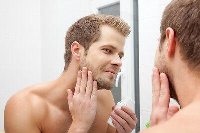 Deine Haut braucht Feuchtigkeit: Gönn sie ihr in Form von Cremes.