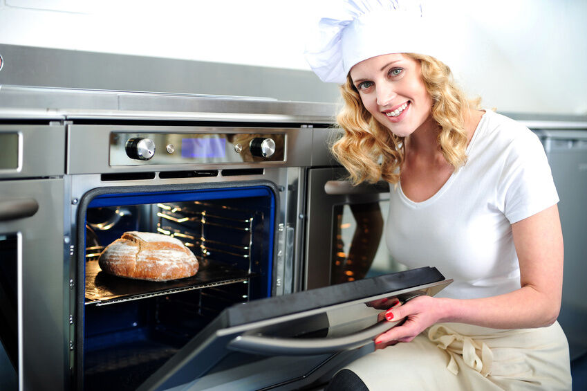 Top 3 Features to Look for in a Commercial Oven