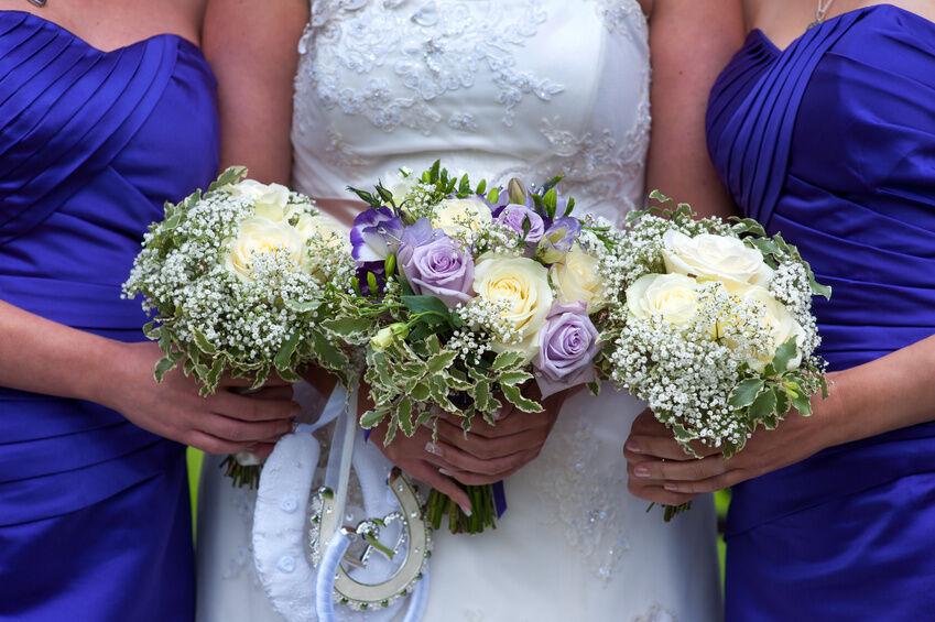 Wedding Flowers How To Keep Fresh : How to preserve wedding flowers