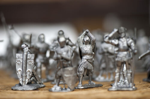How to Buy Antique Toy Soldiers