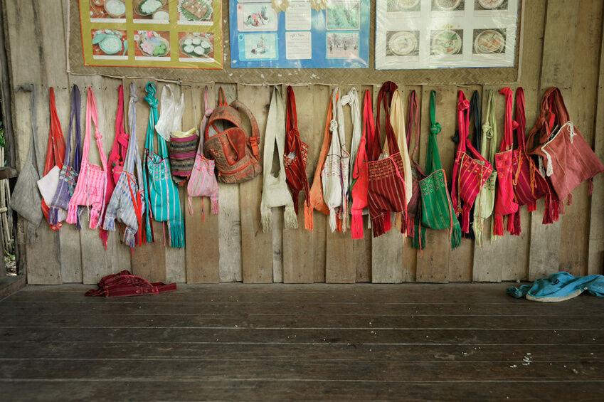 Exotische Beutel und Taschen aus aller Welt