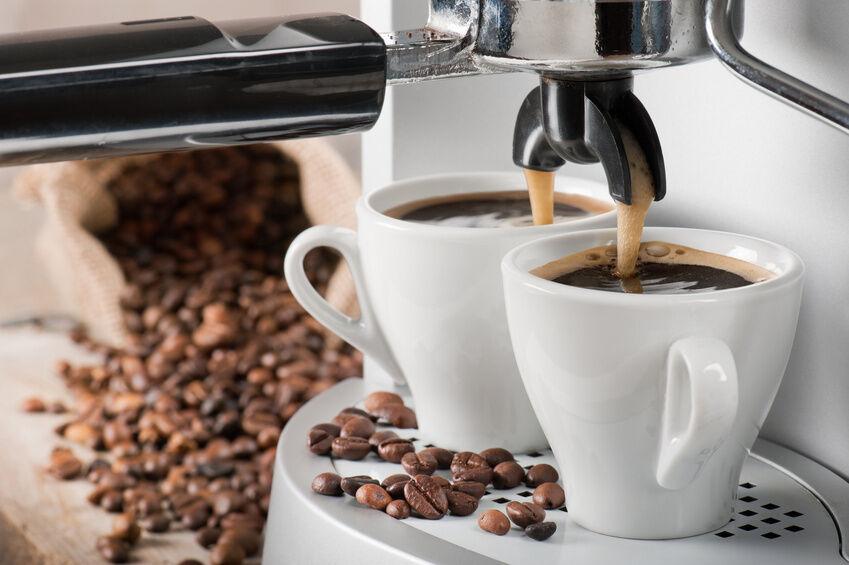Kalkfrei genießen: Reinigungstipps für die Gourmet Filterkaffeemaschine von Philips