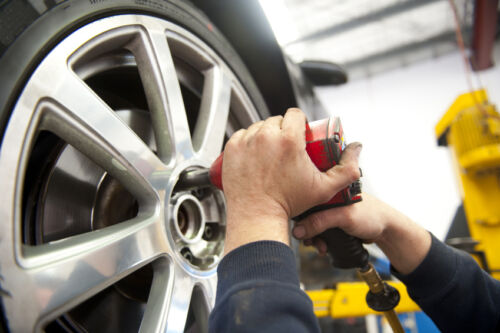How to Buy and Install Your Own Wheel Rims