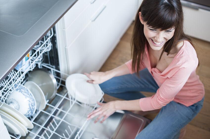 Welche Teller-Materialien sind nicht für die Spülmaschine geeignet?