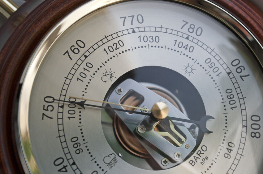 how to make a weather barometer