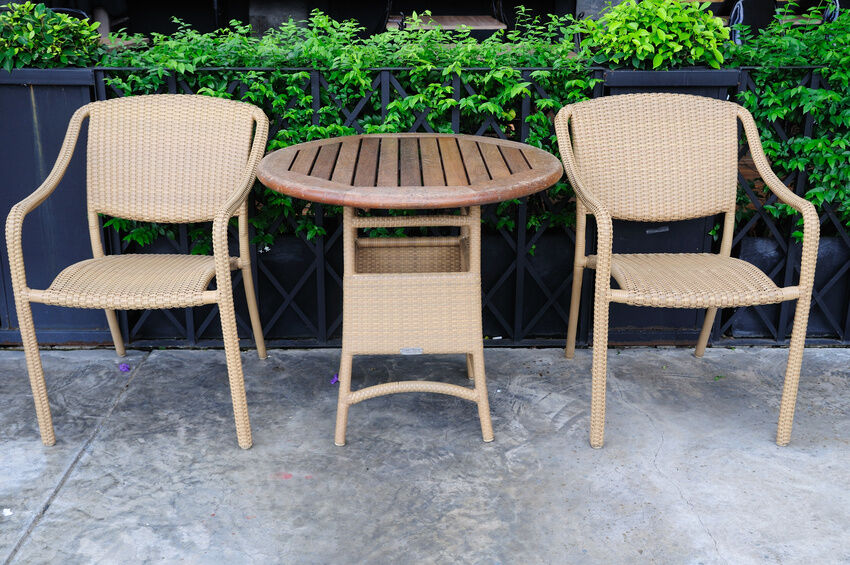5 DIY Outdoor Seating Ideas for All Seasons | eBay