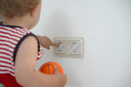 Sichere Steckdosen mit Kindersicherungen und Steckdosenschutz bei eBay finden