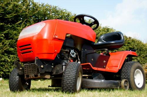 How to buy a used lawn tractor ebay for Used lawn and garden equipment