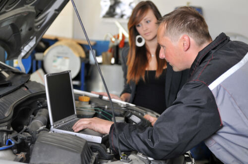 How to Check the Car Engine When Buying a Used Car