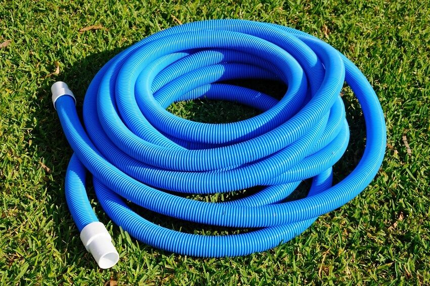 Homemade hand held swimming pool pool vacuum cleaners for Garden pond hose