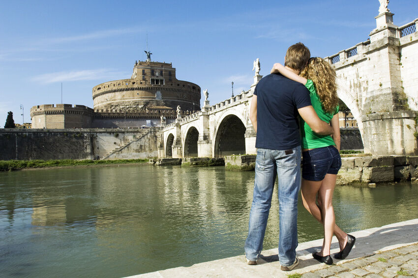 Your Guide to Choosing a Romantic Destination