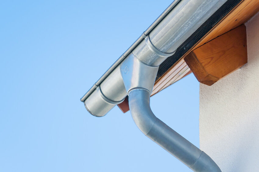 How to Unclog Gutter Drain Pipe