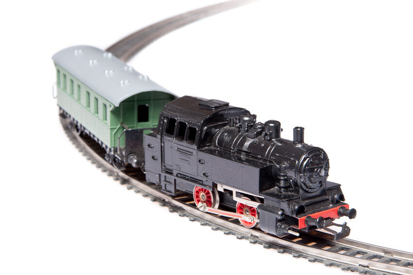 How to Buy English N Gauge Locomotives on eBay