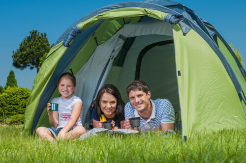 How to Buy a Tarpaulin for Camping