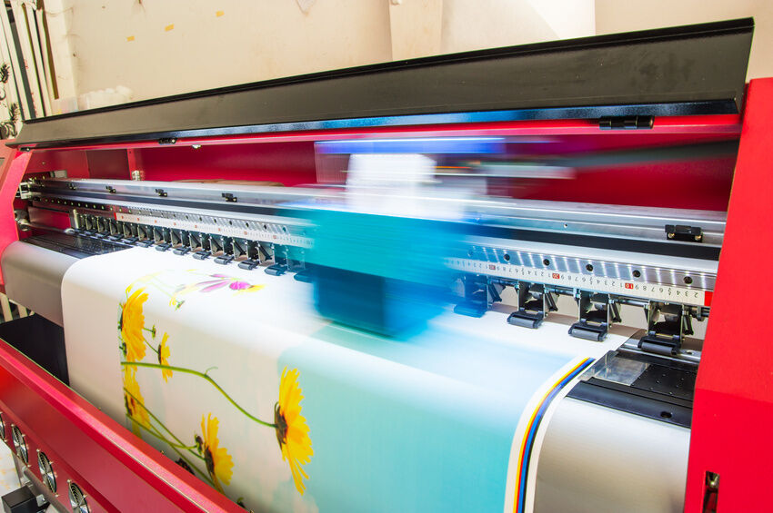 Top Considerations for Buying Vinyl Banners