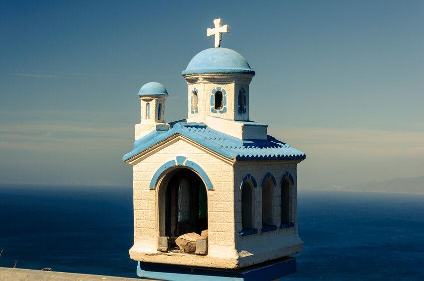 Bausätze für Modellbau-Kirchen