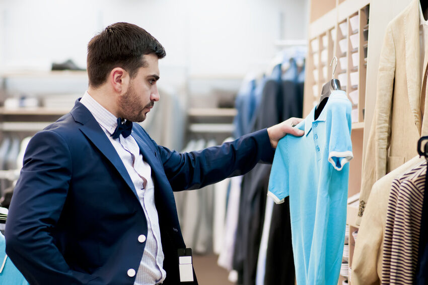 Shopping for great men's clothing has never been easier. In the past few years, fashion giants, young style upstarts, big name retailers and small boutiques have all made their online presence a priority. The result is hundreds upon hundreds of online stores where .