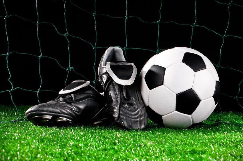 Anpfiff, Freistoß, Tor! Die besten Fußballschuhe für Kunstrasen