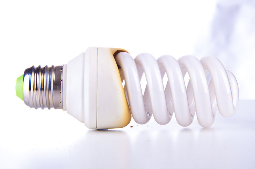 How to Determine the Wattage You Need from an Energy Saving Light Bulb