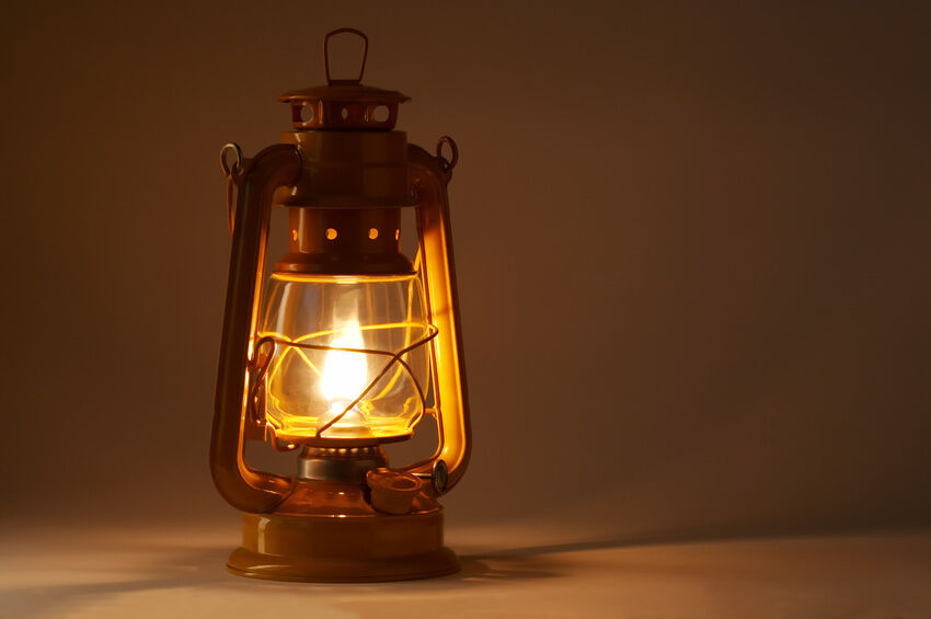 How to Use a Hurricane Lamp | eBay