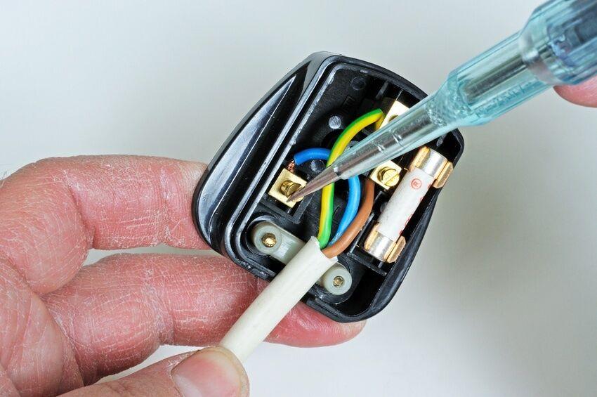 how to wire a 110v plug how to wire a 110v plug