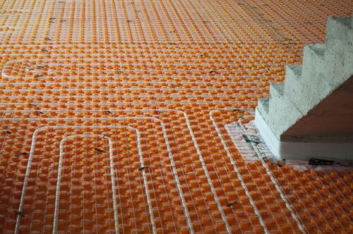 Was Sie über Warmwasser- und Elektro-Fußbodenheizungssysteme wissen sollten