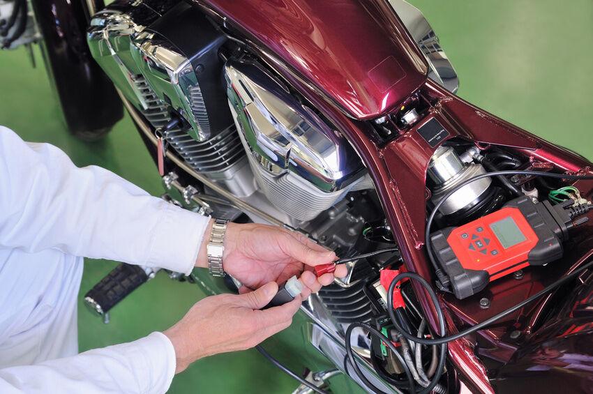 Benzinfilter für Motorräder: So tauschen Sie den Filter von Ihrem Bock