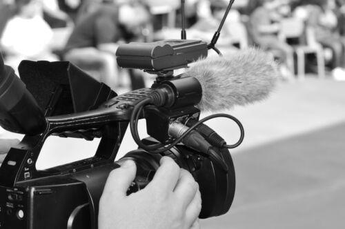 b Vom Dia bis zu Super 8 - Filmkamera auf eBay finden /b