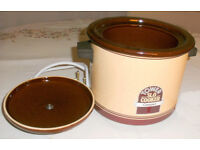 Tower Retro(80's) Ceramic Slow Cooker 1.5L