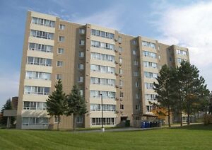 Beautiful 2 Bed Corner Unit in Great Building! - Kitchener,ON
