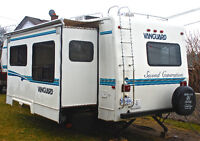 1999 Vanguard Fifth Wheel Trailer 27'