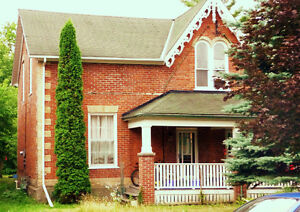 Small room,big house,central,5 appliances,web,heat & hydro incl Peterborough Peterborough Area image 1