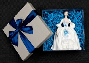 VINTAGE ROYAL DOULTON FIGURINE IN GIFT BOX