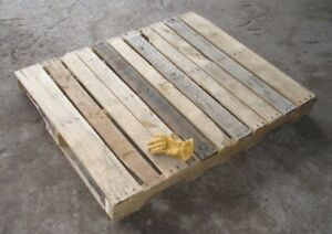 Looking for pallet wood/ will pay for delivery!