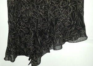 Black Silk Flirty Skirt - Size XL - NEW Gatineau Ottawa / Gatineau Area image 2