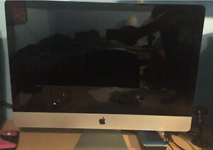 """27"""" iMac with 28gb of ram and 2tb hd."""