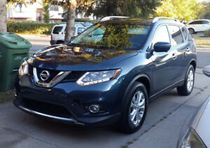 2016 Nissan Rogue SV SUV AWD Fully Loaded with Moonroof Package