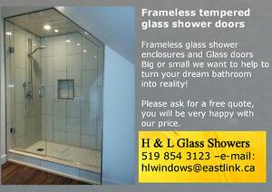 Frameless tempered glass shower doors