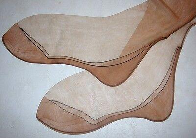 Vintage Belfry black outline foot & ankle fancy design nylon stockings 9 1/2  30