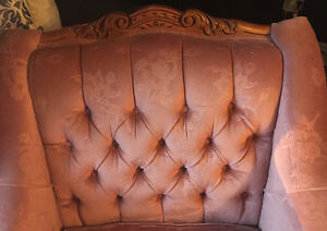 ANTIQUE ACCENT CHAIR St. John's Newfoundland image 2