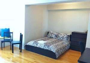 Queen bed and spring mattress + delivery