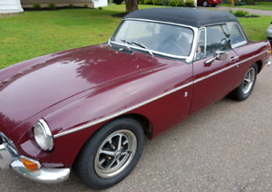 1974 MGB $5000 SOLD PENDING PICK UP