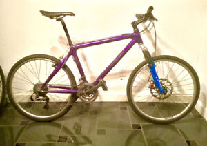 19 inch Trek OCLV Mountain bike